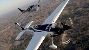 Goulian's Edge 540 race plane and the new 2016 Cirrus SR22T